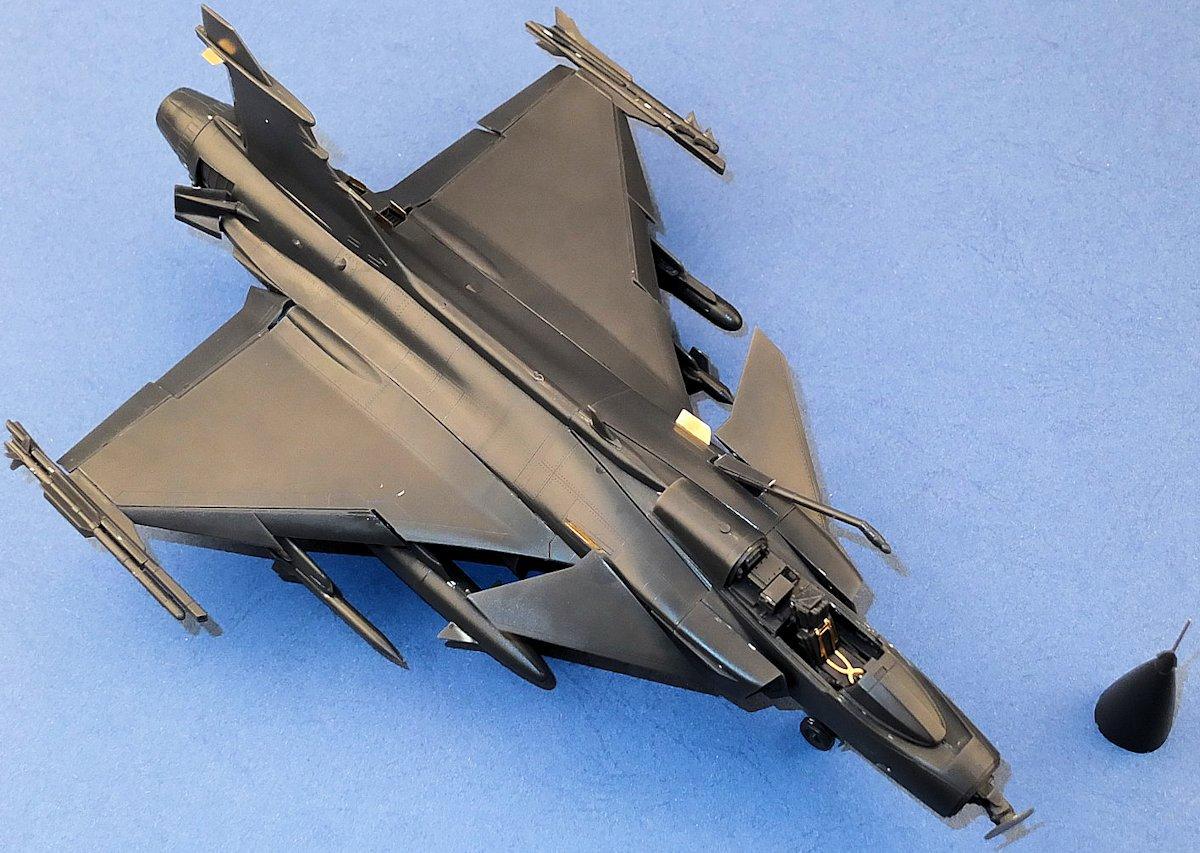 New Saab JAS 39C Gripen by KittyHawk Models | Model Kits Review
