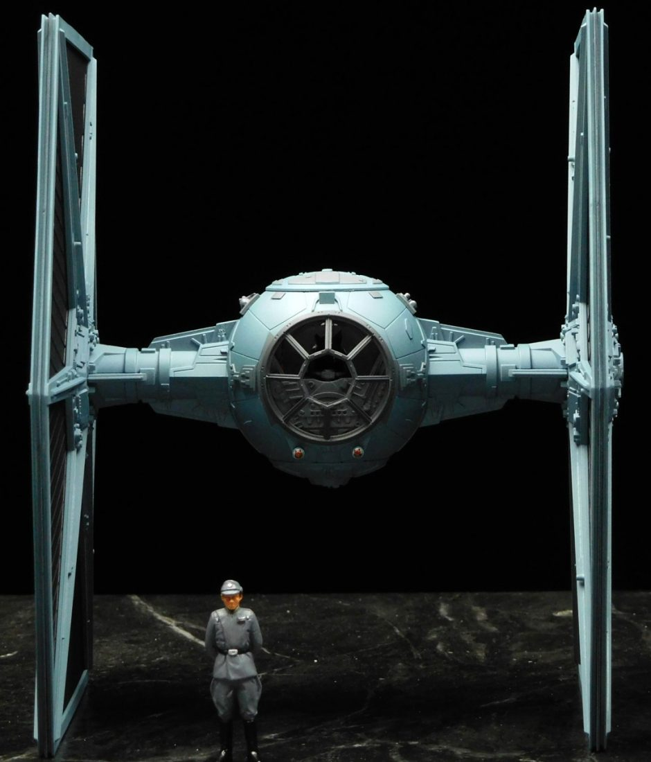 Revell Master Series 1/48 Tie Fighter | Model Kits Review